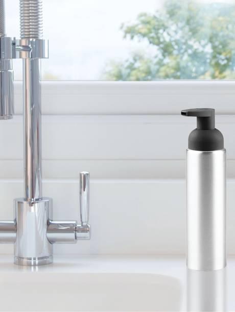 Interdesign Metro Foaming Soap Dispenser Pump For Kitchen Or Bathroom 251 Ml Conditioner Foam