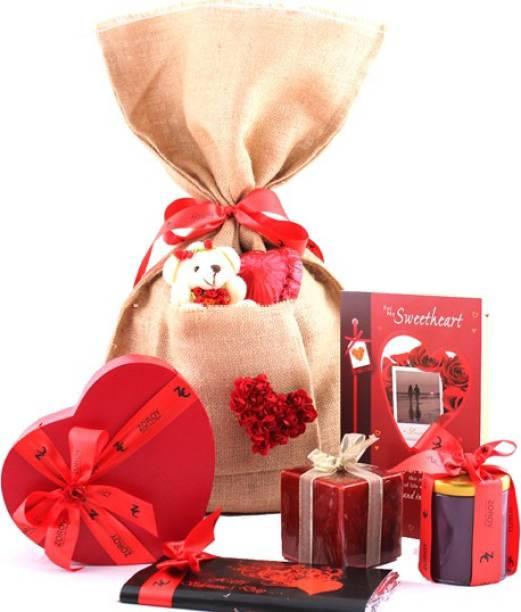 Zoroy Luxury Chocolate Love bag hamper with assorted chocolates Fudges