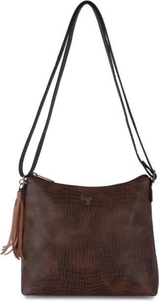 35008d9790f Baggit Handbags Clutches - Buy Baggit Handbags Clutches Online at ...