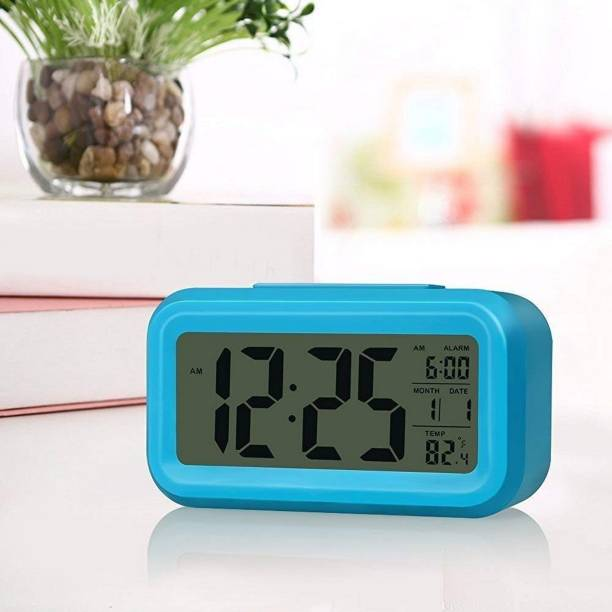 V2A Digital Blue Clock