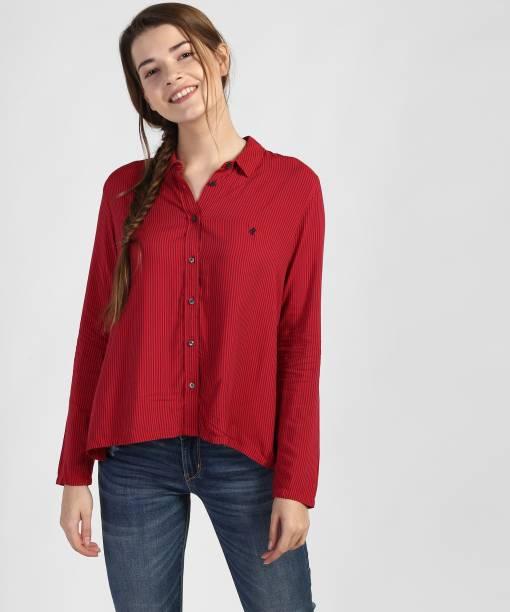 f9c88bd8cbf Denizen from Levi s Women Striped Casual Red Shirt