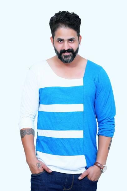 600d5119 Scoop Neck Tshirts - Buy Scoop Neck Tshirts Online at Best Prices in ...