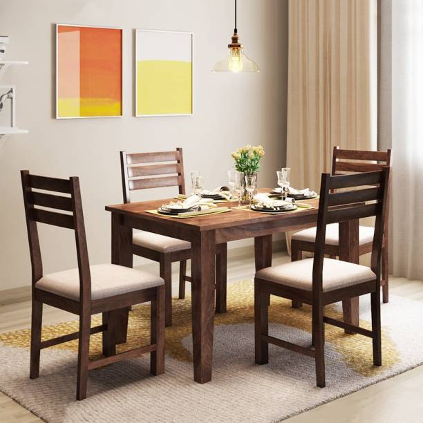 Alquiler Riga Solid Wood 4 Seater Dining Set