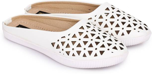 370a9be6a8d Casual Shoes - Buy Casual Shoes Online at Best Prices In India ...