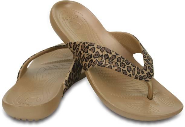 63e75921c Crocs Slippers   Flip Flops - Buy Crocs Slippers   Flip Flops Online ...