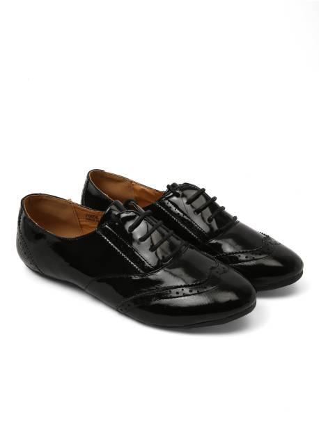 Brogues Womens Footwear - Buy Brogues Womens Footwear Online at Best ... 6fa3349803