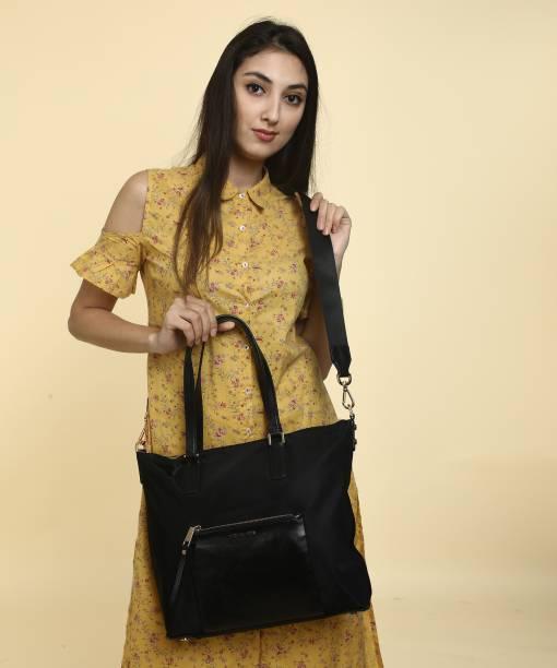 b38f655fbf Michael Kors Bags Wallets Belts - Buy Michael Kors Bags Wallets ...