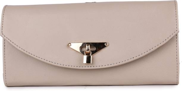 b95e8ef2fc977f Clutches - Buy Clutch bags & Clutch Purses Online For Women at Best ...