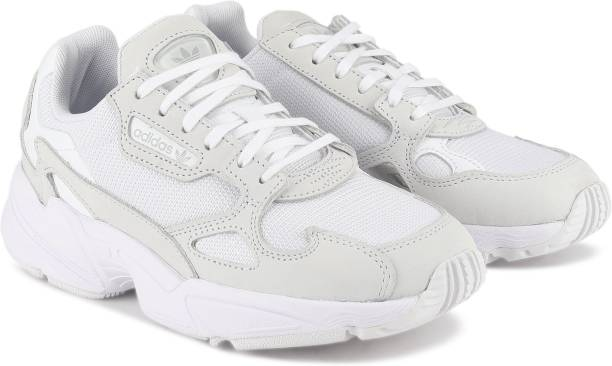 Adidas FALCON W FTWWHTFTWWHTCRYWHT Senter Sko Sport and