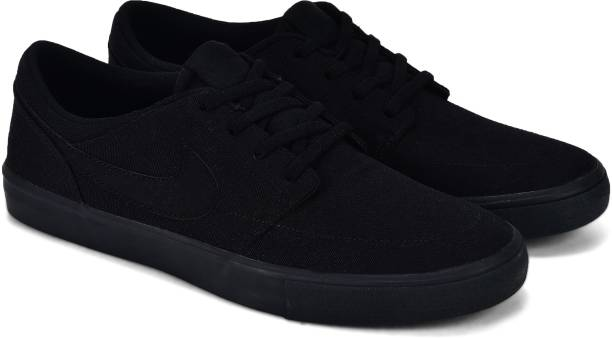 6d3bec053 Nike Sneakers - Buy Nike Sneakers Online at Best Prices In India ...