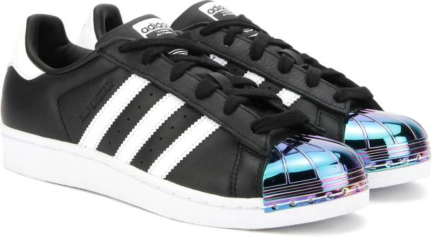 adidas shoes black and white