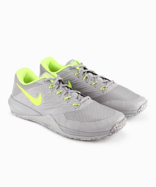 b56581953aba Grey Nike Shoes - Buy Grey Nike Shoes online at Best Prices in India ...
