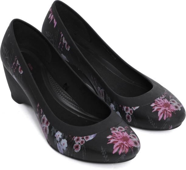 31955cf25 Crocs Ballerinas - Buy Crocs Ballerinas For Women Online at Best ...