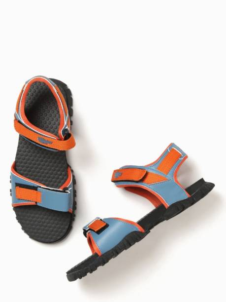 7dee45907 Roadster Sandals Floaters - Buy Roadster Sandals Floaters Online at ...