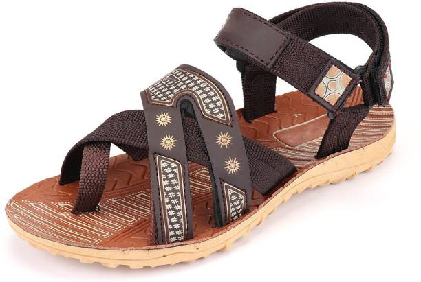 f1f0e4fde753 Sandals and Floaters - Buy Sandals and Floaters Online at India s ...