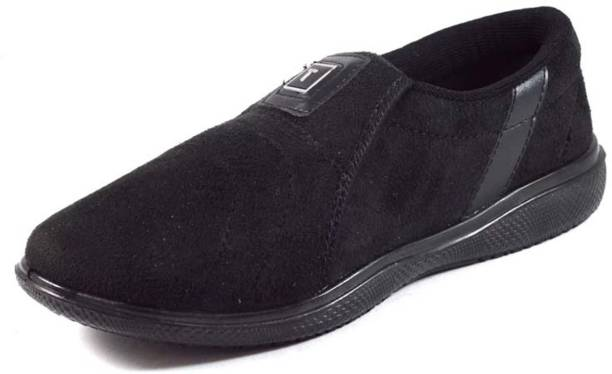 58b26ca171bc Casual Shoes Online - Buy Casual Shoes at India s Best Online ...