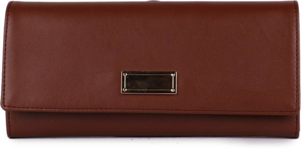 5bb248ebbfe4 Clutches - Buy Clutch bags   Clutch Purses Online For Women at Best ...