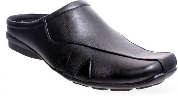 ddd80ac94919 Von Huette Casual Shoes - Buy Von Huette Casual Shoes Online at Best ...