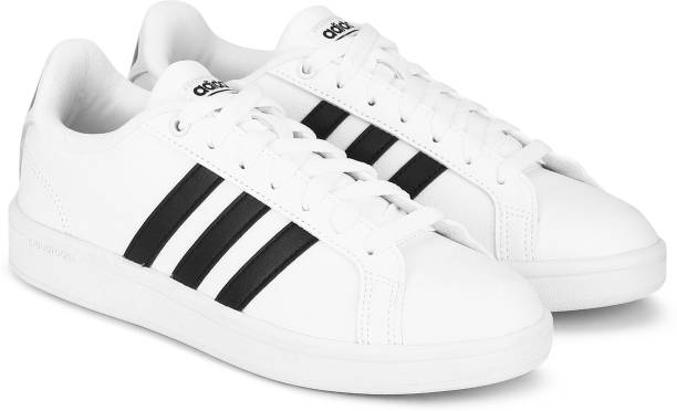 new style 5cd51 0dd39 ADIDAS CF ADVANTAGE Sneakers For Women
