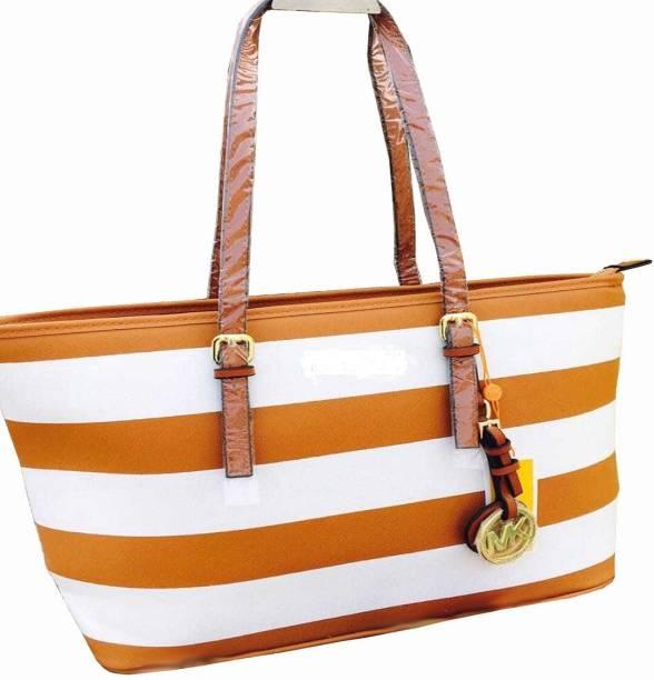 f728f7d838 Luxury Handbags - Buy Luxury Handbags Online at Best Prices In India ...