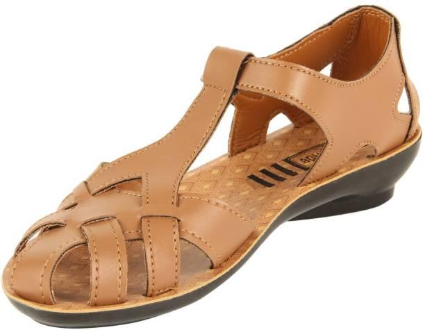 2a140f1f03c18 Vkc Pride Footwear - Buy VKC Chappals