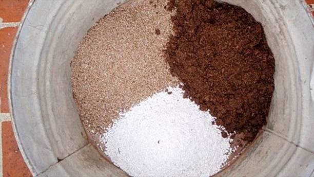 MAQ PREMIUM QUALITY POTTING MIX-COCOPEAT, PERLITE AND VERMICULITE. POTTING SOIL/ GARDEN SOIL/ ORGANIC SOIL/ SOILLESS FARMING/ SOIL MANURE/ FERTILISER/ COMPOST Husk