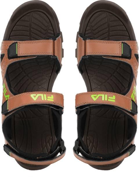 new style e70fc 24a6a Fila Men COF BLK Sports Sandals