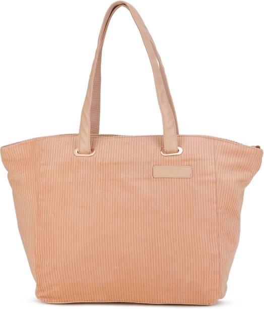 a317269af94a Puma Handbags Clutches - Buy Puma Handbags Clutches Online at Best ...