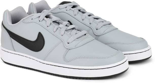 separation shoes 53607 27b8b Nike EBERNON LOW Sneakers For Men