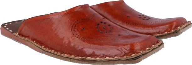 4a0aa37ac Rajasthani Fashion Footwear - Buy Rajasthani Fashion Footwear Online ...
