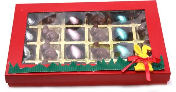 Zoroy Luxury Chocolate Easter Box with a dozen chocolate eggs and a dozen rabbits Fudges