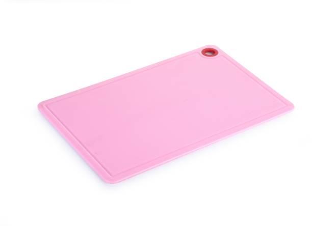CRYSTAL Medium Plastic Cutting Board