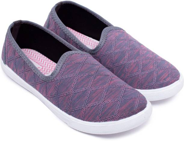 62fa9073ef05e Canvas Shoes - Buy Canvas Shoes Online For Women At Best Prices In ...