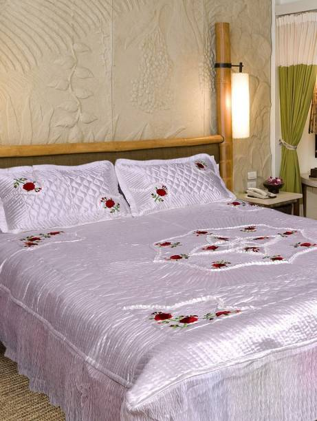 Chelsi 120 TC Satin Double Embroidered Bedsheet
