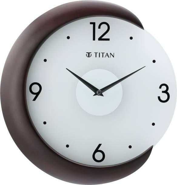 Titan Analog 32 cm X 31 cm Wall Clock