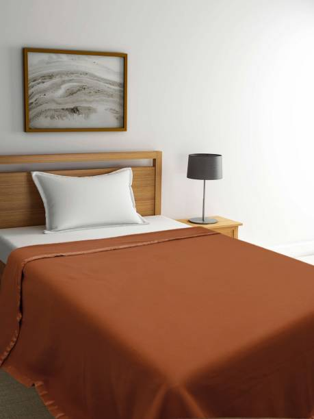 Raymond Home Solid Single Fleece Blanket