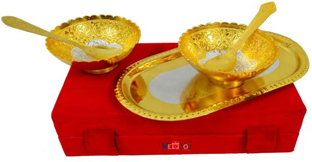 ME&YOU Special Diwali Gifts Silver and Gold Plated Floral Shaped Set of 2 Brass Bowls (Capacity-150 ml), 2 Spoons and 1 Tray, Serving Set IZ18BowlGoldenLotus-004 Bowl Spoon Tray Serving Set