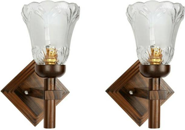 Gojeeva Wallchiere Wall Lamp