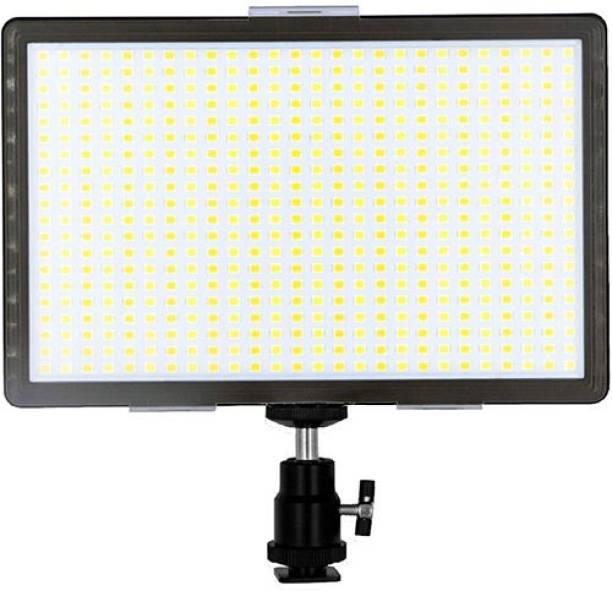 DIGITEK LED - D520 WB 3400 lx Camera LED Light