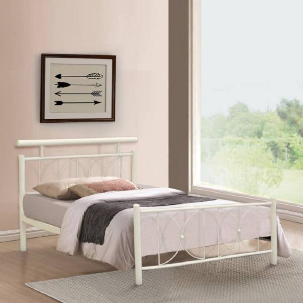 FurnitureKraft Perth Metal Queen Bed