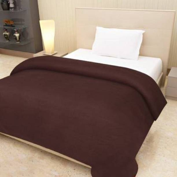 BIZIM Solid Single Fleece Blanket
