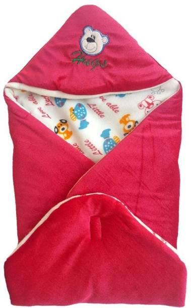 LittleFly Cartoon Crib Hooded Baby Blanket