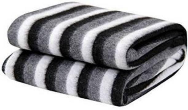 PALSAAI Striped Single Fleece Blanket