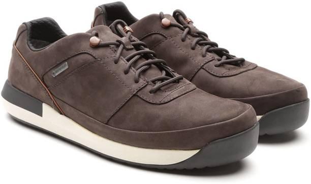 CLARKS Men Nubuck Leather Sneakers Sneakers For Men