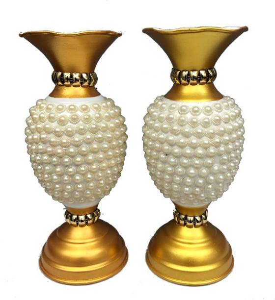 zyrah Iron Vase