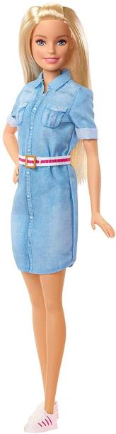 BARBIE Dream House Adventure Doll