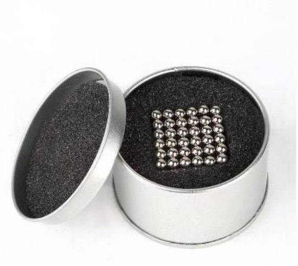 HUBSTAR MAGNETIC BALLS UNIVERSAL MagnetsToys Sculpture Building Magnet Cube Multipurpose Office Magnets Pack of 1