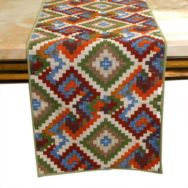 BILBERRY Furnishing Multicolor 182 cm Table Runner