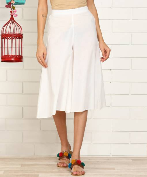 Anmi Flared Women White Trousers