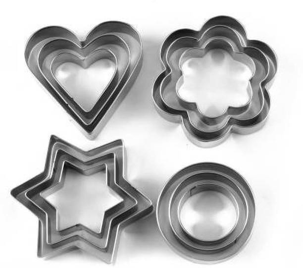 Krishana mart A must have cutters set for any home. Set of 6 cutters of different shapes Easily washable and re-usable Comes in a plastic case for storage includes heart, star, flower shapes Brand new and high quality These cute metal Christmas symbolize shaped cutters are ideal for cake decorating, fondant icing, clay modelling and so on. Reusable, durable and non-stick. Great for making cakes, bread, biscuit, cookies, chocolate, etc Material: Stainless Steel Cookie Cutter